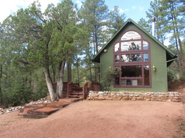 Pine cabin rental - Our peaceful chalet in the forest.