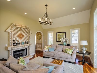 Burlingame Home, 20 Minutes From SF!