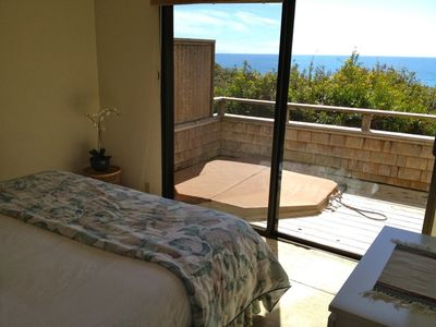 Sea Ranch house rental - Bella Vista, Master BR with hot tub deck