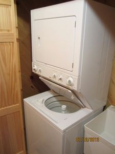 Washer/Dryer and utility sink