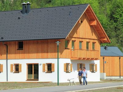 Luxury chalet with sauna on the shore of Lake Hallstatt in Upper Traun