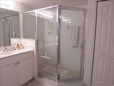 Master Bathroom Ceramic Tile Glass Shower!