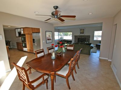 Palm Desert house rental - Dining area, kitchen and living room.