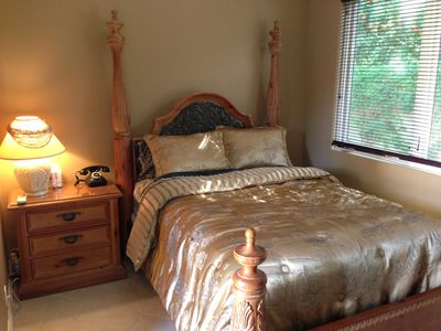 Casita Bedroom (Queen Bed)