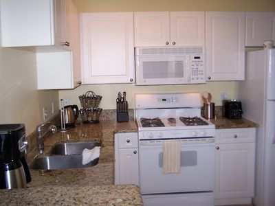 Fully equipped Kitchen -including a dishwasher Just bring your groceries.