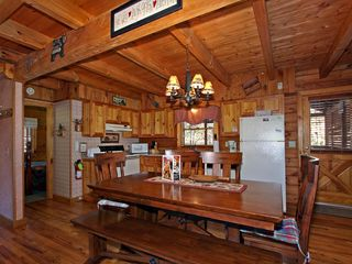 Pigeon Forge cabin photo - Kitchen