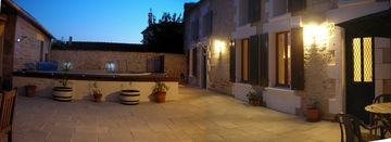 Saintes area farmhouse rental - Returning to Maison d'Ours after an evening out ..