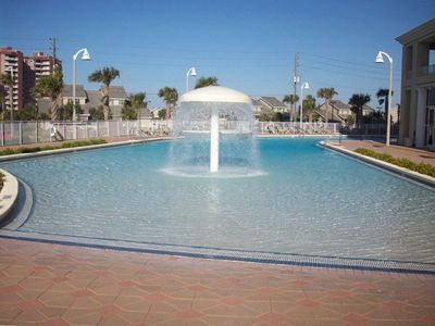 One of Destin's Largest Pools With Beach Style Walk In Access And Play Fountains
