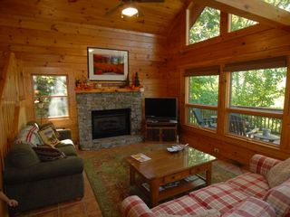 Maggie Valley cabin photo - Living room