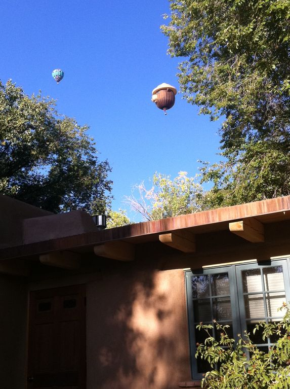 Imagine watching the Balloon Fiesta from your porch.