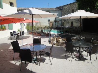 4 APARTMENTS IN THE eighteenth MAS WITH POOL, 16 PEOPLE, 5 MN from Uzes