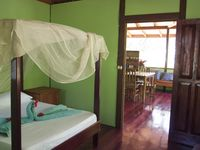 Cabinas Ola Mar: Casa Titi - Your Jungle Retreat Just A Short Stroll From Beach.