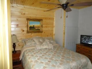 Bryson City cabin photo - .Queen Bed