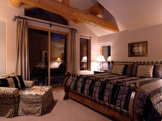 Four O'Clock Breckenridge house photo - Milano Meadows - Elephant Suite, sleeps 2 in one king bed, ensuite bath