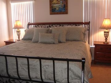 Orlando villa rental - 1st Master Suite with king bed, cable TV and private access to the pool area