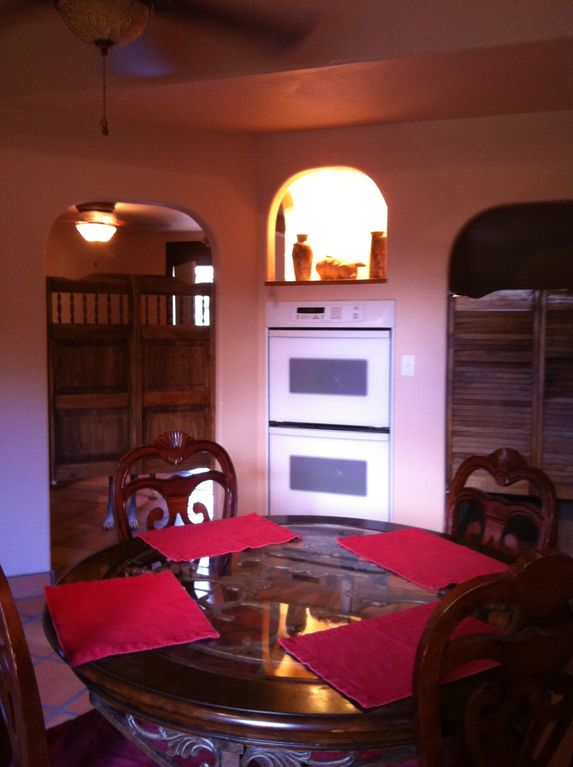 .La Casita - Dining Area