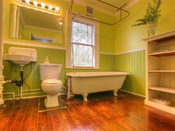 Crown Bathroom - Clawfoot Tub and Shower