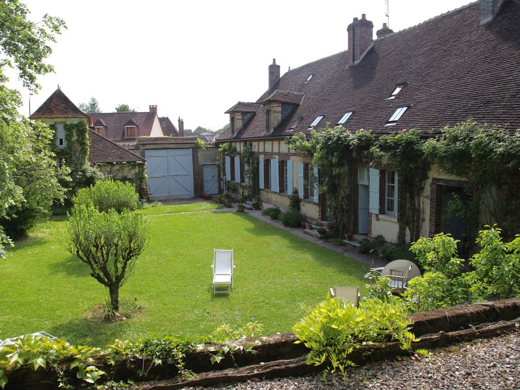 abritel location chailley maison de caract re avec jardin