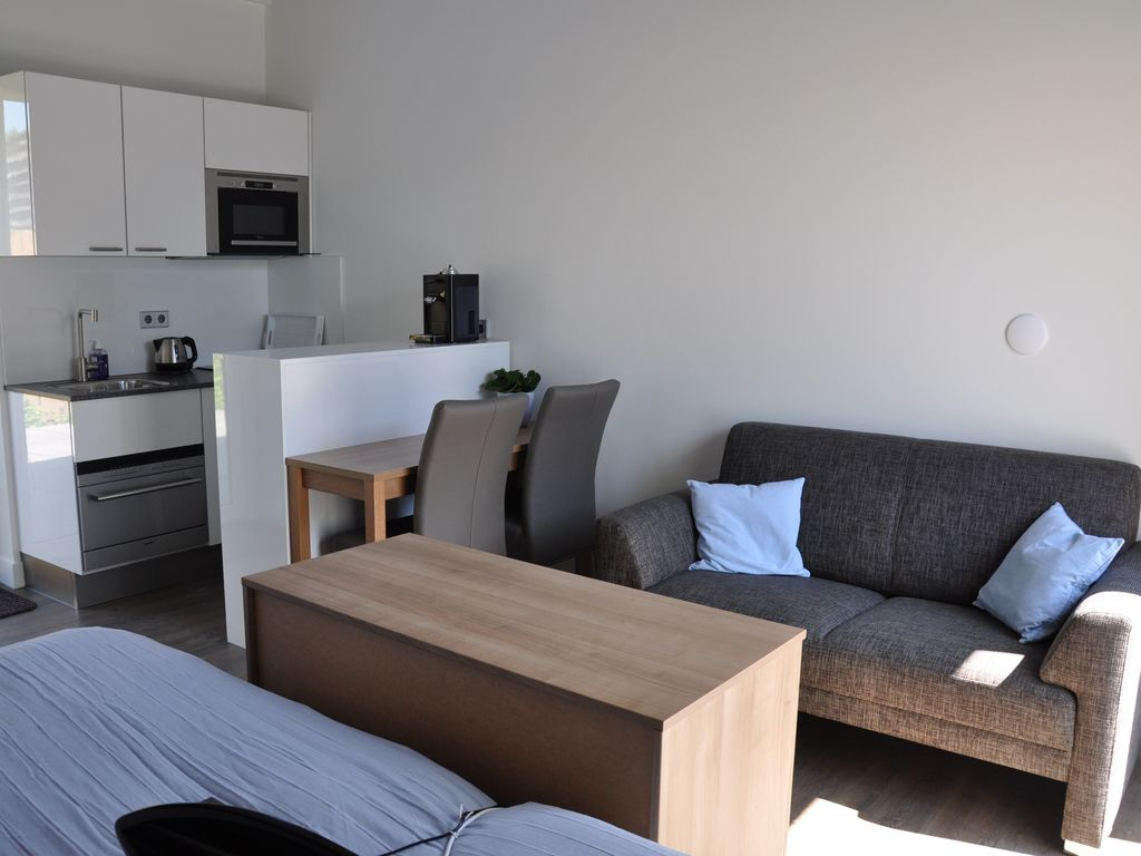Appartement in zoutelande nederland 2 personen 1050696 for Interieur appartement