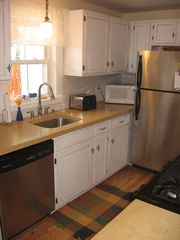 Ocean Grove townhome photo - Kitchen