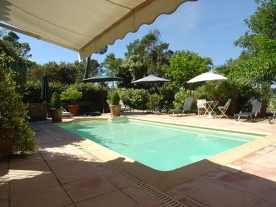 Lorgues villa rental - The swimming pool from the summer kitchen