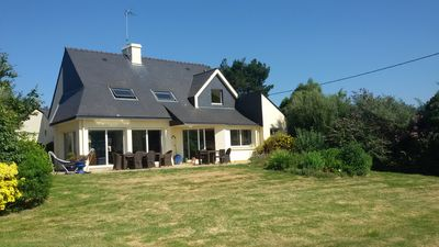 PROPERTY THE WATERFRONT - FACING THE ILE AUX MOINES - GULF OF MORBIHAN