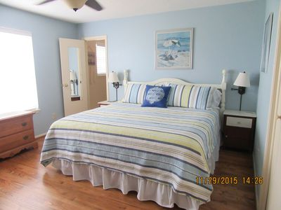 Give Yourself a Spring/Summer Vacation with a View! Sleeps 8-3 Bdrm & 2 Baths