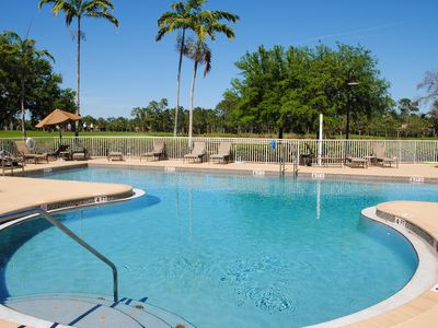 Spectacular Furnished Condo Viewing 5th Green of Golf Course