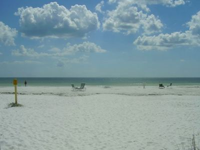 Siesta Key condo rental - Private Beach. No Public access.