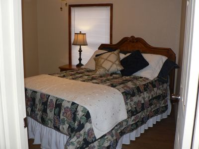 Granbury house rental - Queen Bedroom #4