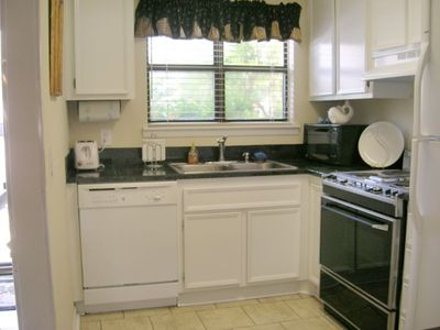 Sea Island condo rental - Kitchen