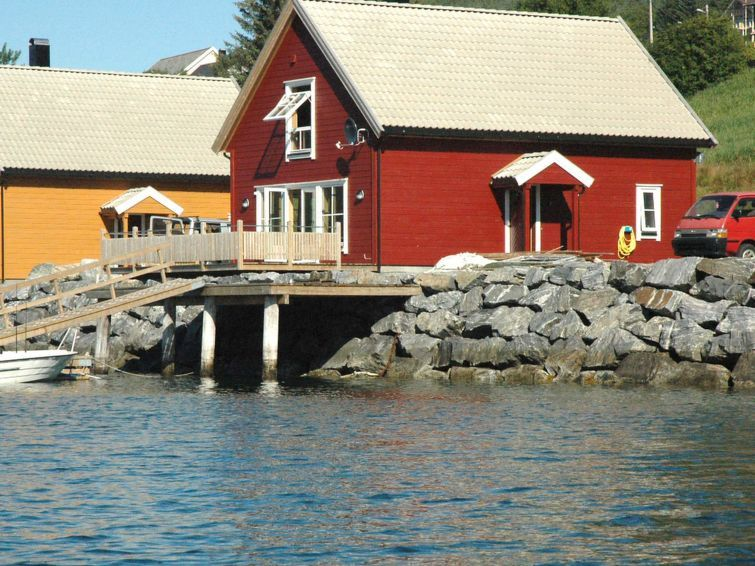 Vacation home Haugsbygda  in Gursken, Northern Fjord Norway - 6 persons, 3 bedrooms