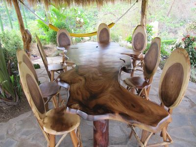 Dine under the Palapa / Tiki Hut
