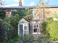 LAVENDER COTTAGE, family friendly in Hayfield, Ref 12290
