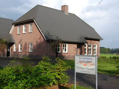 A holiday home in Leenderstrijp with a beautiful view over the landscape.