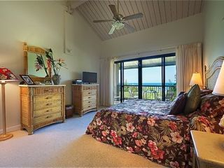 Princeville condo photo - Sip your morning coffee out on the lanai