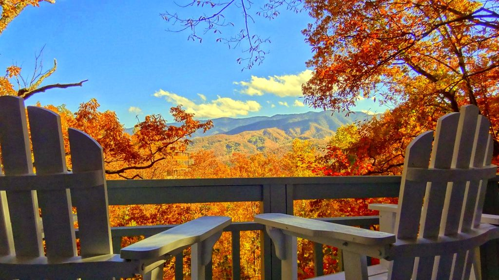 Amazing Mountain View From Every Room Homeaway Gatlinburg