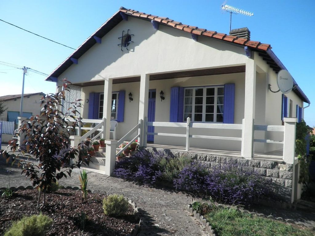 House near the beach, 90 square meters, great guest reviews