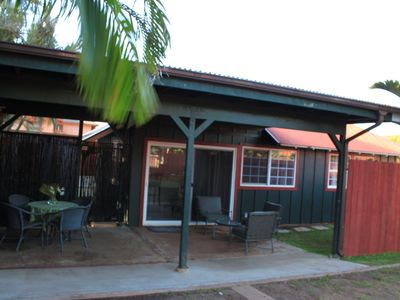 Paia cottage rental - One story cottage on enclosed property.