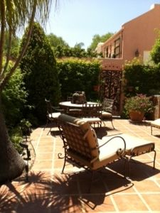 Large private enclosed courtyard patio with built in gas BBQ