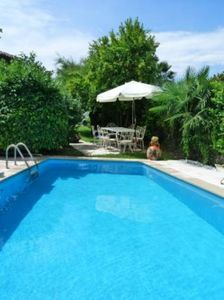 Villa with private swimming pool on the lake of Garda