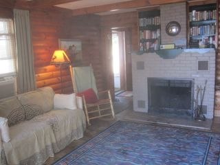 Lake Winnisquam cabin photo - Living room.