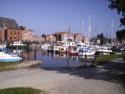 Ready for a vacation and want to leave right on the harbor in Orth Fehmarn?