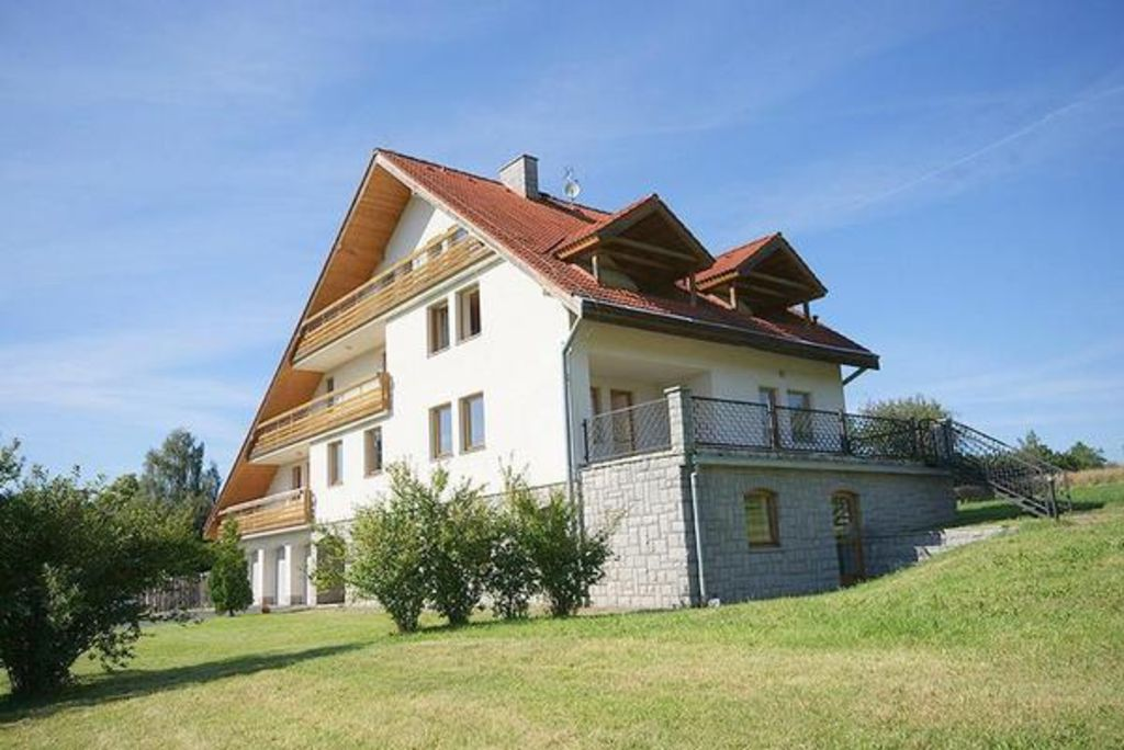 House Cáslav for 8 - 20 people with 10 bedrooms - House