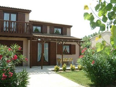 This comfortable holiday home is in a beautiful holiday park with many facilities and is near the beach.
