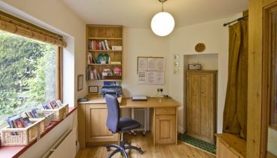 Waverley cottage rental - Study, Woodpecker Cottage, Surrey