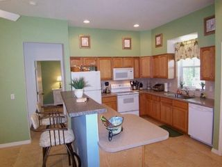Cape Coral house photo - Fully equipped kitchen