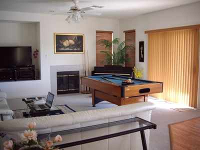 family room/pool table/piano
