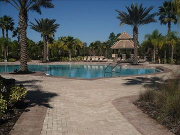 Plantation house rental - beautiful heated community pool