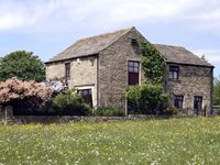 WEST TOFTS in Mickleton Near Middleton-In-Teesdale, Ref 443